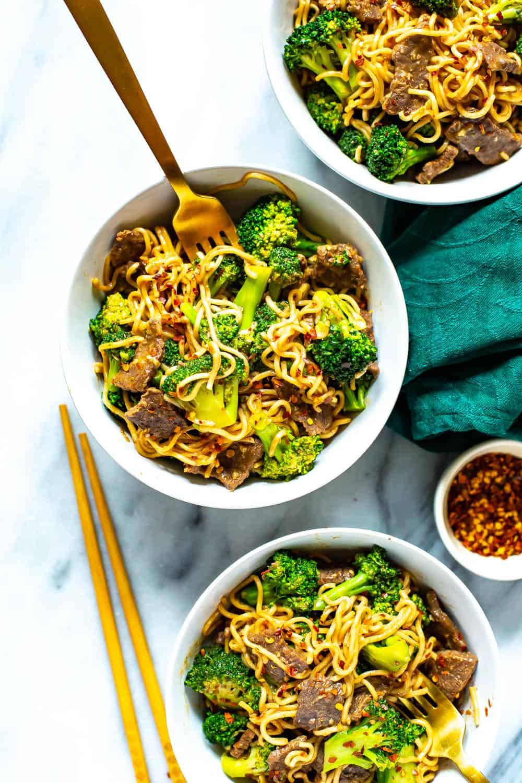 bowls of broccoli beef ramen