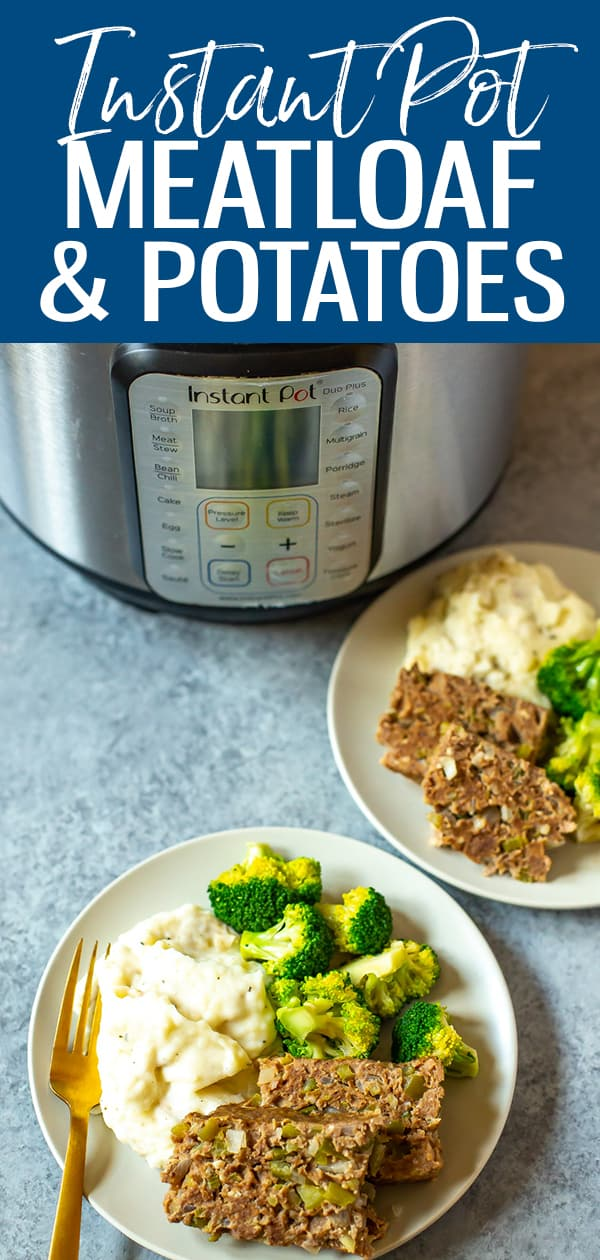 Here's how to cookInstant Pot Meatloaf and Mashed Potatoes at the same time in one pot - use foil or a cake pan to separate the two and have dinner ready in no time! #instantpotmeatloaf